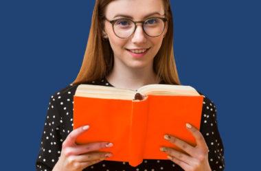 Bolsa auxílio educação: o que é e quais são as regras desse benefício de acordo com a CLT?