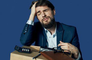 O que caracteriza o abandono de emprego?